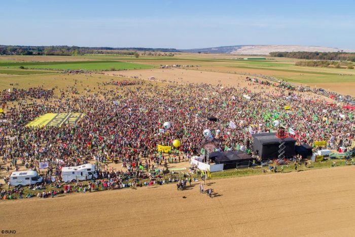 Demo: Wald retten - Kohle stoppen!